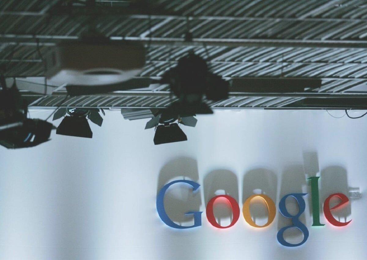 Come rimuovere contenuti da google